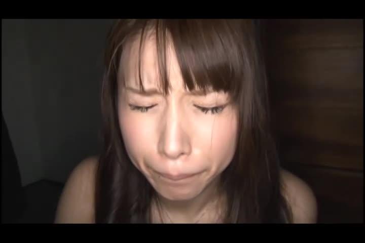 美人のフェラ無料jukujyo動画。美人な素人若妻をお金で釣り肉棒を奉仕させる…!